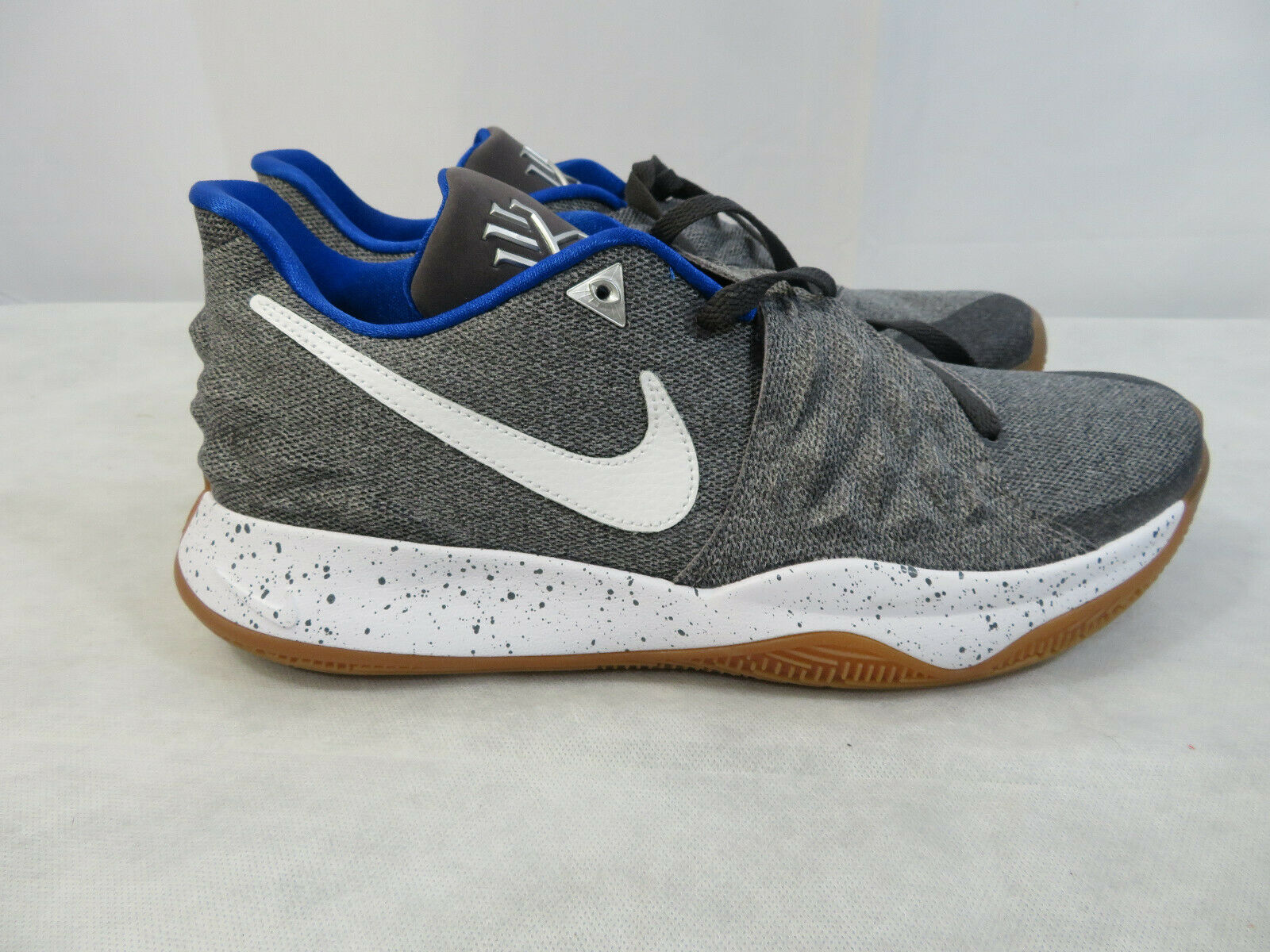 Nike Kyrie Low 1 Uncle Drew QS Basketball Grey White AO8979-005 Size 8.5 New
