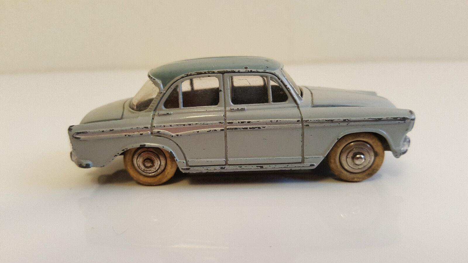 Dinky Toys - 544 - Simca Aronde P60
