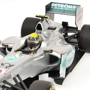 Formule 1 Mercedes Mgp W02 N.rosberg 2011 Minichamps 1/18