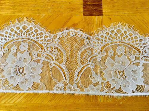 """3 Yards White Embroidered Eyelash French Mesh Lace Trim//Sewing//Crafts//6/"""" Wide"""