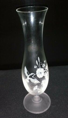 Avon Hummingbird 24/% Crystal Bud Flower Vase Vintage