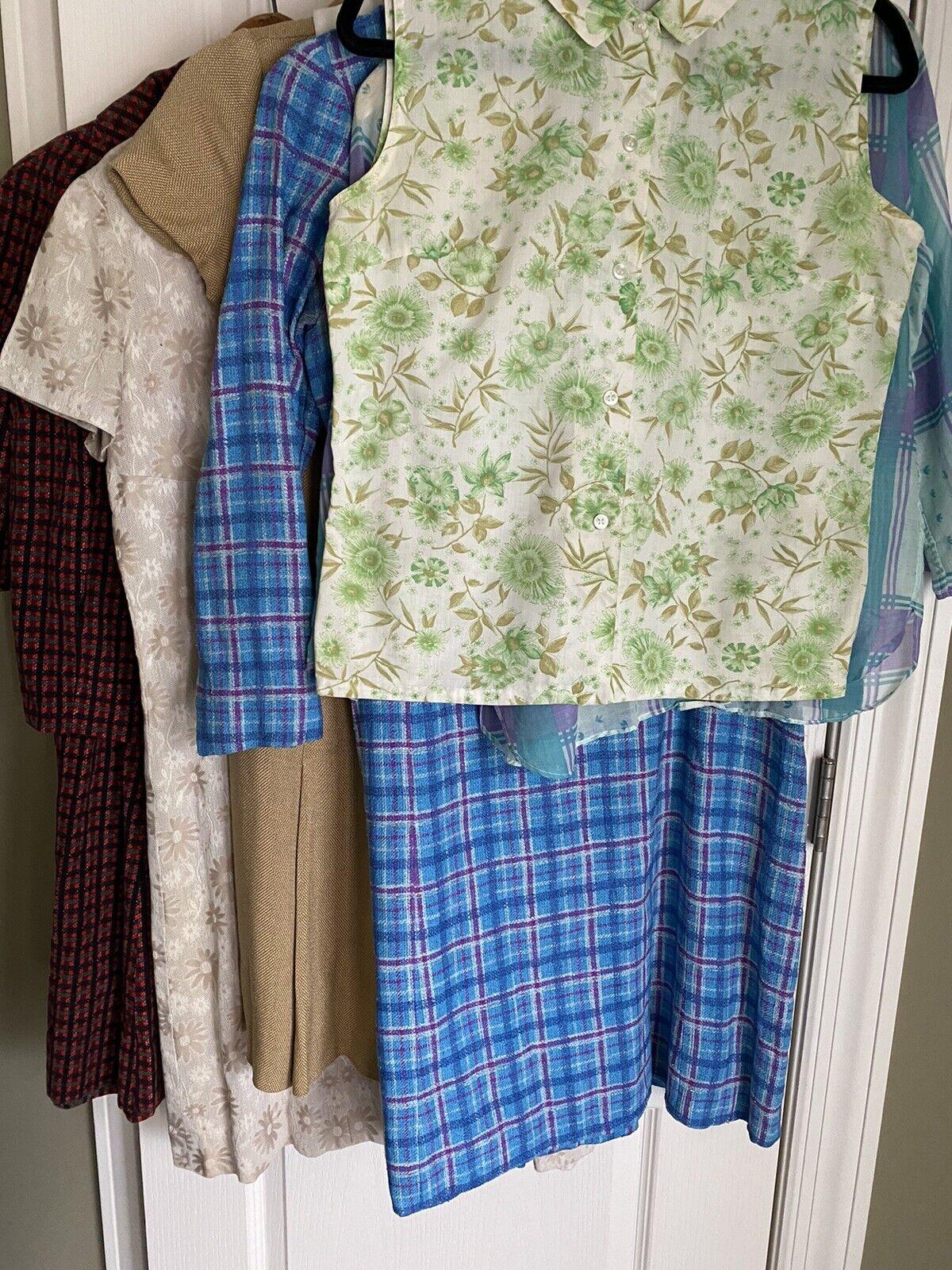 Wholesale Lot of 1960's Vintage Women's Clothing … - image 1