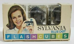 Vintage Sylvania Blue Dot Flash Cubes Bulbs Pack of 3 in Original Box