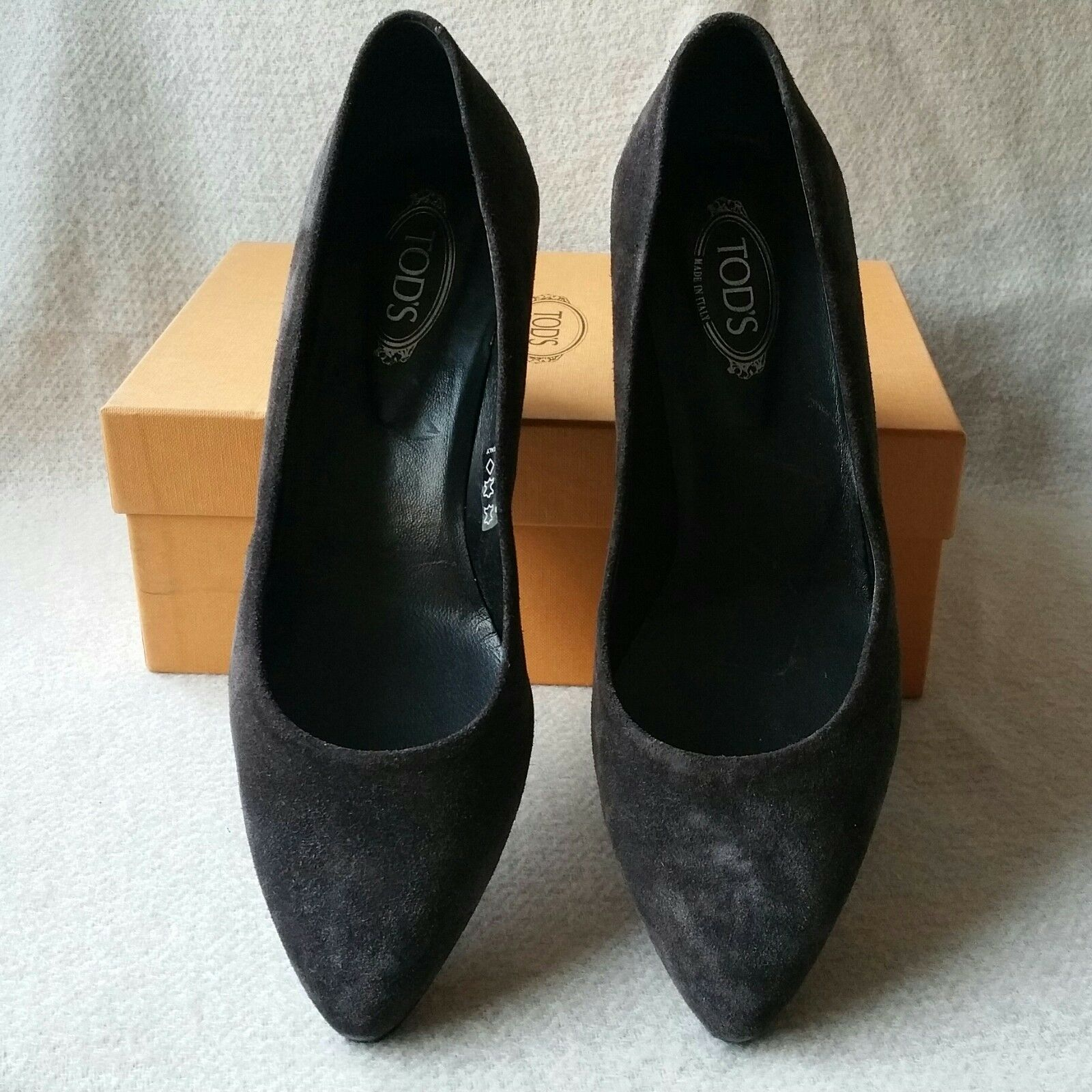 NIB Auth Tod's Tods 38 Suede Pointy Toe Slip Pumps on Niedrig Demi Wedge Pumps Slip Heels schuhes 4b0bc7