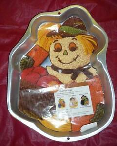 Scarecrow 2105 2001 Retired Wilton 1998 Aluminum Cake
