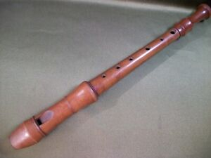 21F5 Block flute, pipe, old musical instrument. Wood. Length 32.5 cm