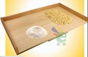 Asse-per-pasta-sfoglia-bordo-spianatoia-tavolo-piano-da-lavoro-tagliere-in-legno