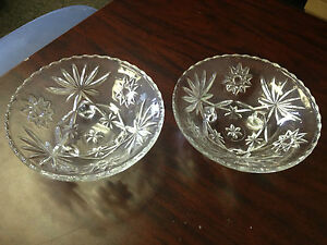 Set-of-2-Footed-Glass-Candy-Bowls-6-1-2-034-Dia-2-1-2-034-Dep