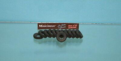 839 Lot de 12 pneus noirs striés à bande ronde 21//8 pour Dinky Toys
