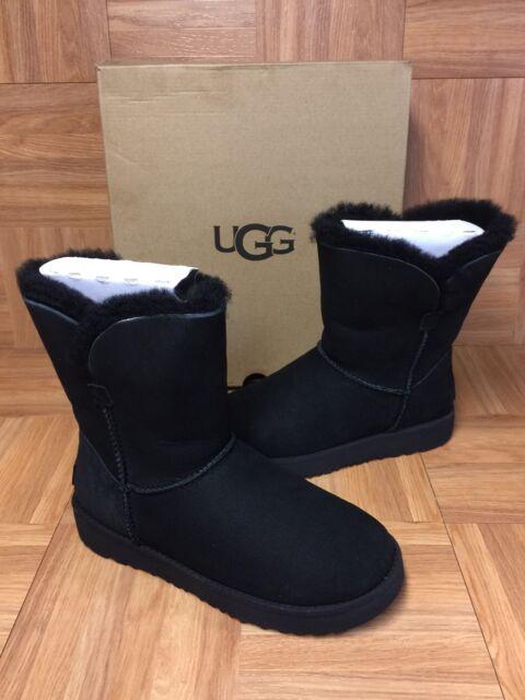 d5e0c93675d UGG Australia Classic Cuff Short Black BOOTS Women's Size 5 1016418