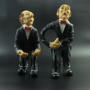 Pre-Loved-Butler-figurine-Statuette-Holding-a-Tray-Resin-Figurines-Home-Decor