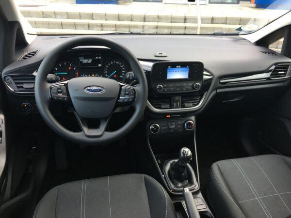 Ford Fiesta 1,1 85 Trend - billede 2