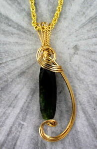 GREEN-TOURMALINE-GEMSTONE-PENDANT-NECKLACE-WIRE-WRAPPED-14KT-ROLLED-GOLD