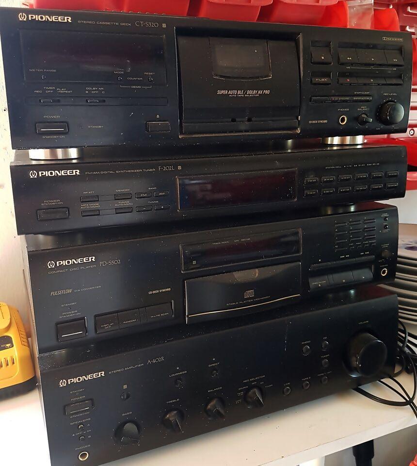 Stereoanlæg , Pioneer, 4 komponenter