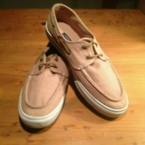 WHITE CANVAS BOAT SHOES SIZE