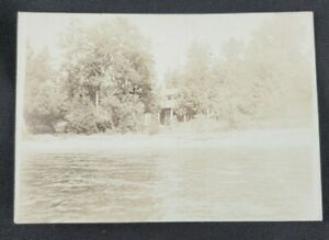 Early-1900-039-s-Lake-House-Vintage-RPPC-Postcard-Unposted