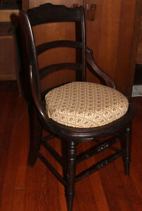 Art-Nouveau-Parlour-Side-Vanity-Chair-Balloon-Back-Round-Seat-Hip-Brace-Carved