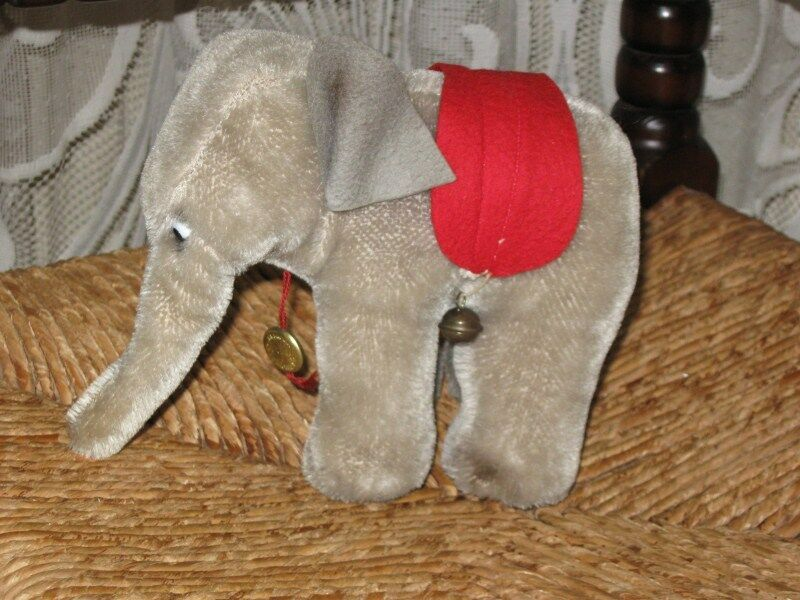 Old Antique 1950s Hermann Germany Mohair Elephant 15 CM IDS Bells