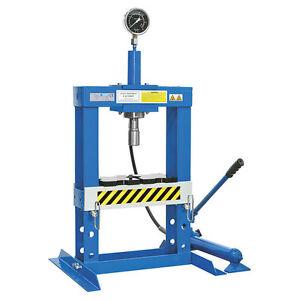 Fervi pressa 10 ton manuale idraulica ideale per officina for Pressa idraulica per officina