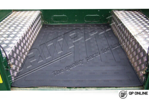 BRAND NEW DEFENDER 90 BLACK RUBBER LOADSPACE MAT DA4470