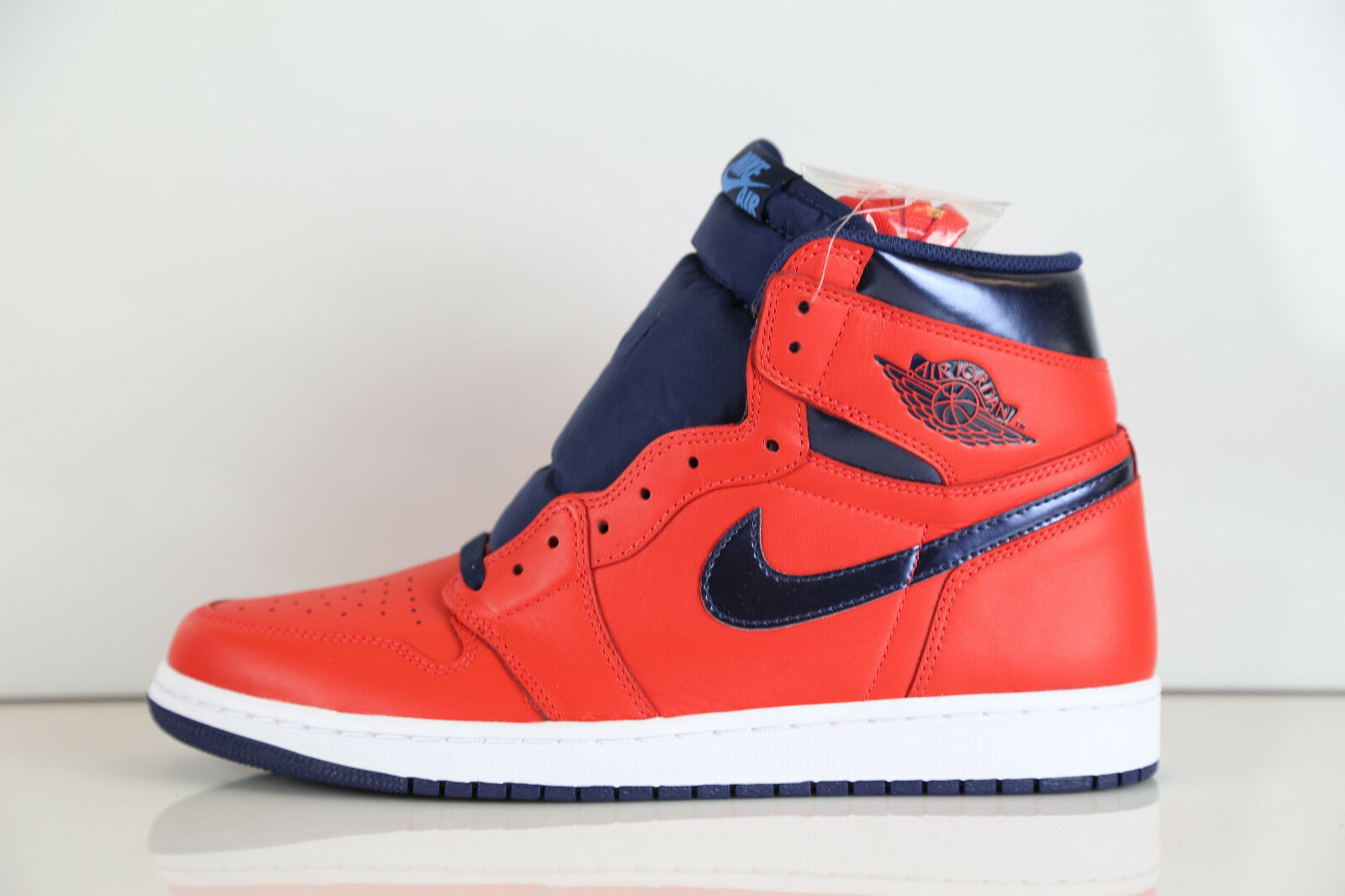 Nike Air Jordan Retro 1 High OG David Letterman Crimson 555088-606 7.5-13 11 12