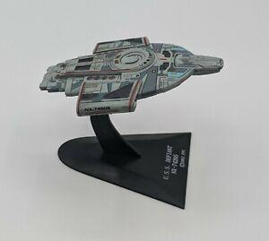 STAR-TREK-Collectible-Display-Ship-USS-DEFIANT-NX-74205-by-FURUTA-JAPAN