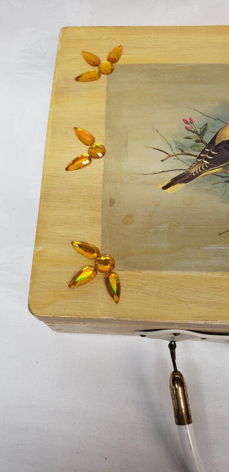 Vintage wood box purse top handle bag 60's Bird … - image 4