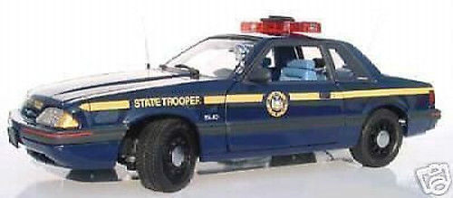 1 18 GMP Ford Mustang 1988 New York State Soldat Police  9066 RARE NEUF I. OV