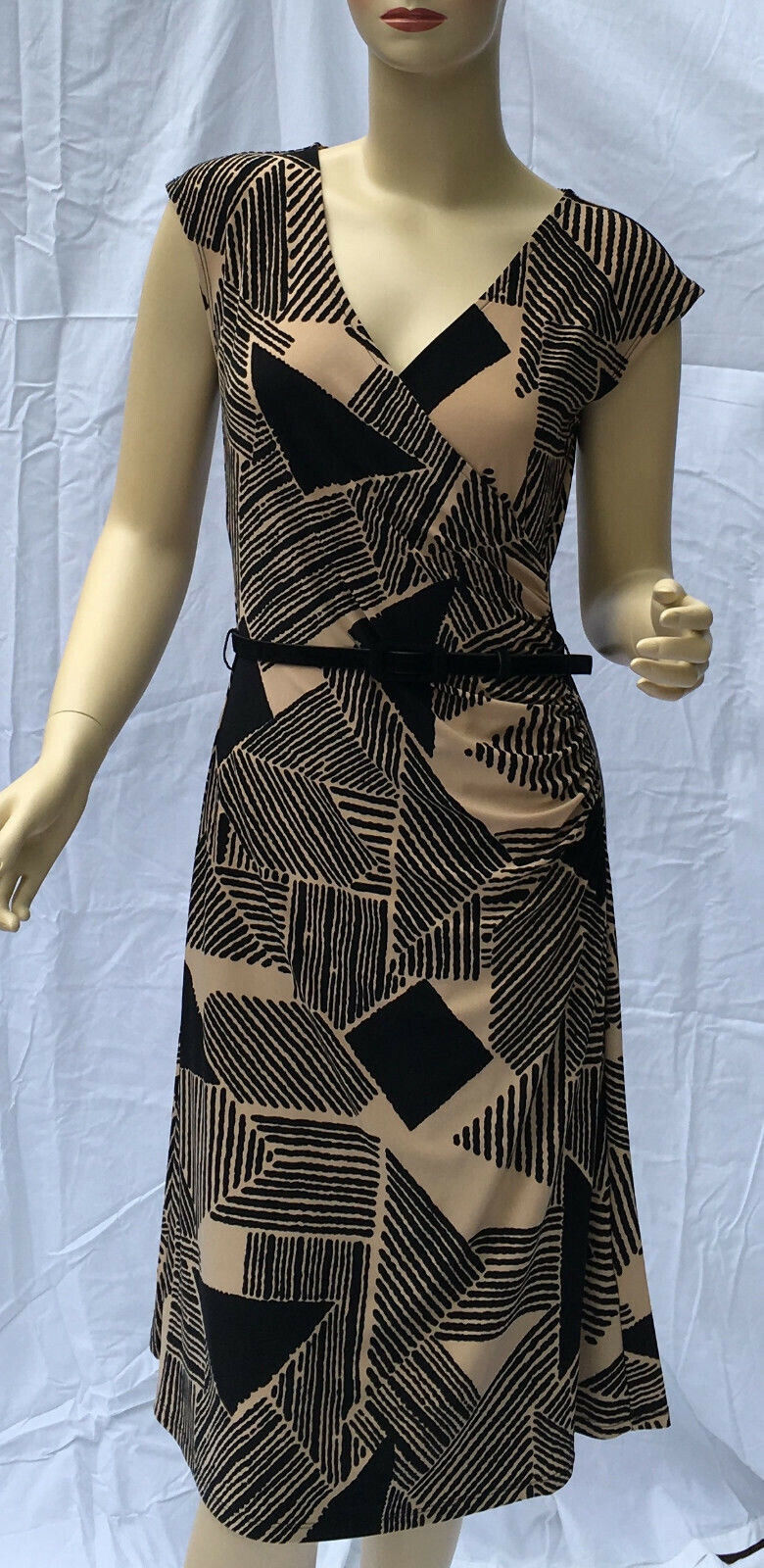 Ralph Lauren V-Neck Dress Medium schwarz Tan Geometric Belted Cruise Party