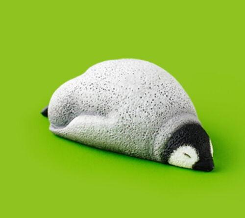 Takara Tomy Panda/'s ana Zoo Zzz Sleeping Animal Oyasumi P2 Penguin Figure