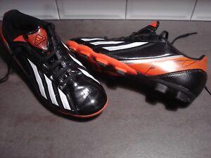 Chaussure de foot pour annonces d'achats et de ventes les