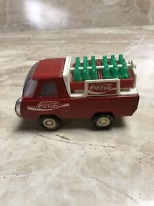 Vintage-1982-Buddy-L-Coca-Cola-Delivery-Truck-with-Crates-Bottles-Diecast
