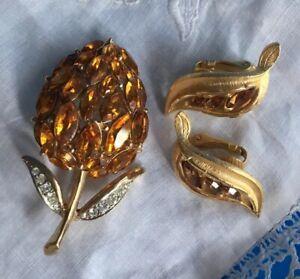 Vintage Topaz Rhinestone Brooch Earring Set