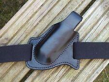Leather Pancake Style Forward Carry LeathermanSurge Sheath Black. Right Hip.