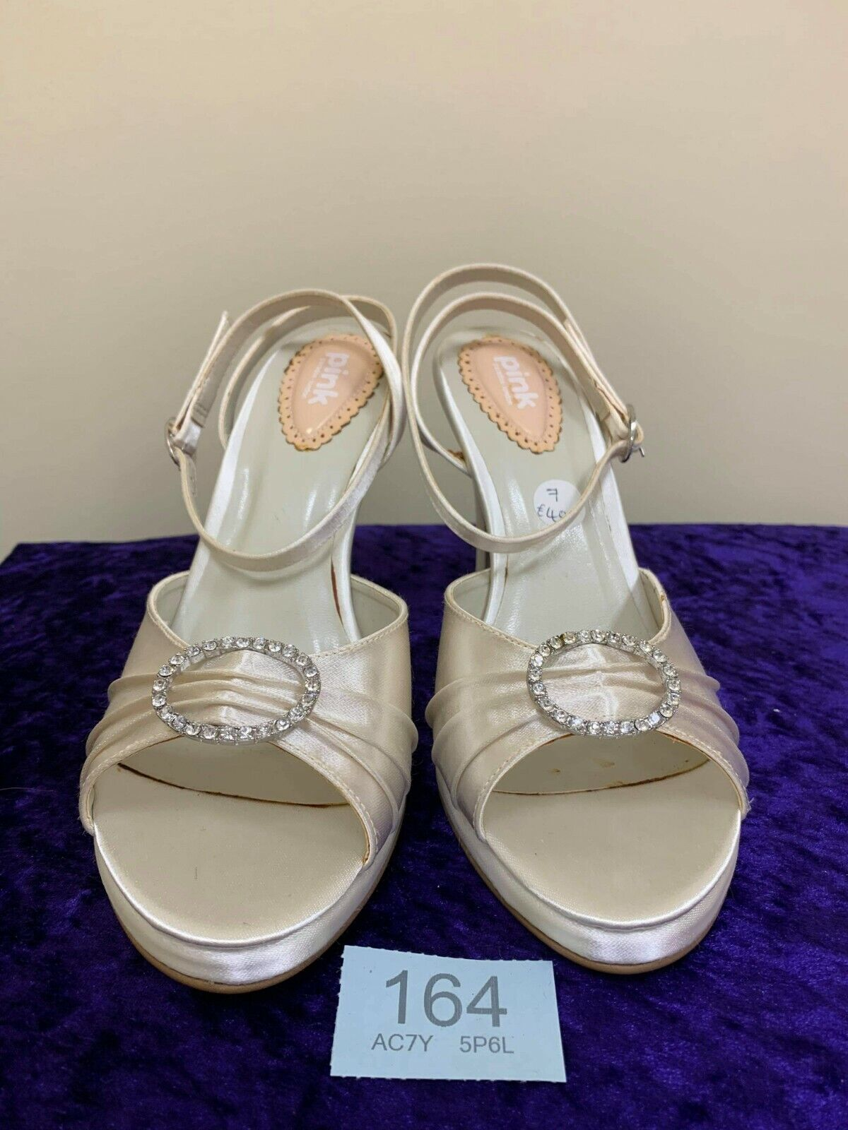 New in box Pink by Paradox wedding ivory shoes size 40 Flamingo code 164