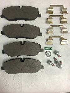 landrover discovery 3 front brake pads discovery 3 front brakes lr019618