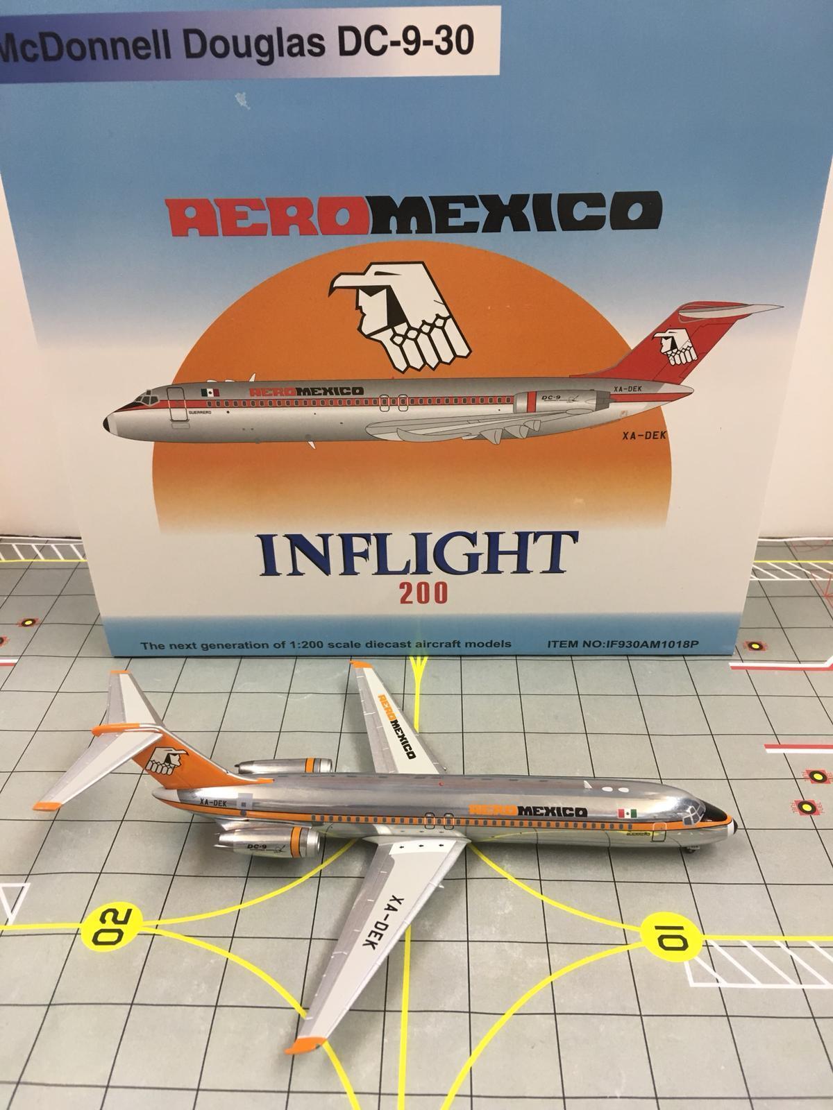InFlight 200 1 200 200 200 IF930AM1018P AEROMEXICO McDonnell Douglas DC-9-30 XA-DEK e38e30