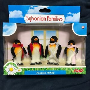 SYLVANIAN-FAMILIES-Penguin-Family-Doll-Retired-CALICO-CRITTERS-Epoch-Vintage