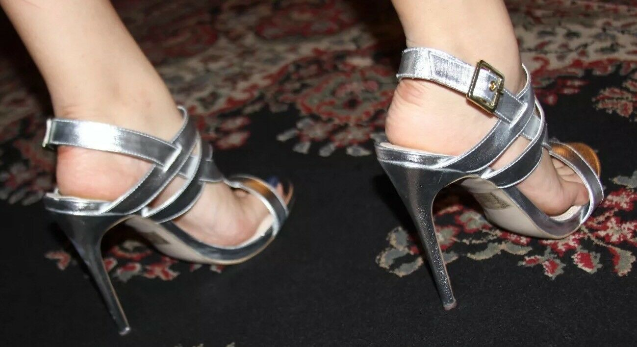 STEVE MADDEN MAGGICAL SILVER HEELS SIZE SIZE SIZE 9 17871f