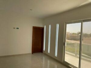 Se vende casa nueva en zona residencial