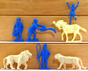 Charbens-Recasts-7-pc-Circus-Set-60mm-unpainted-plastic