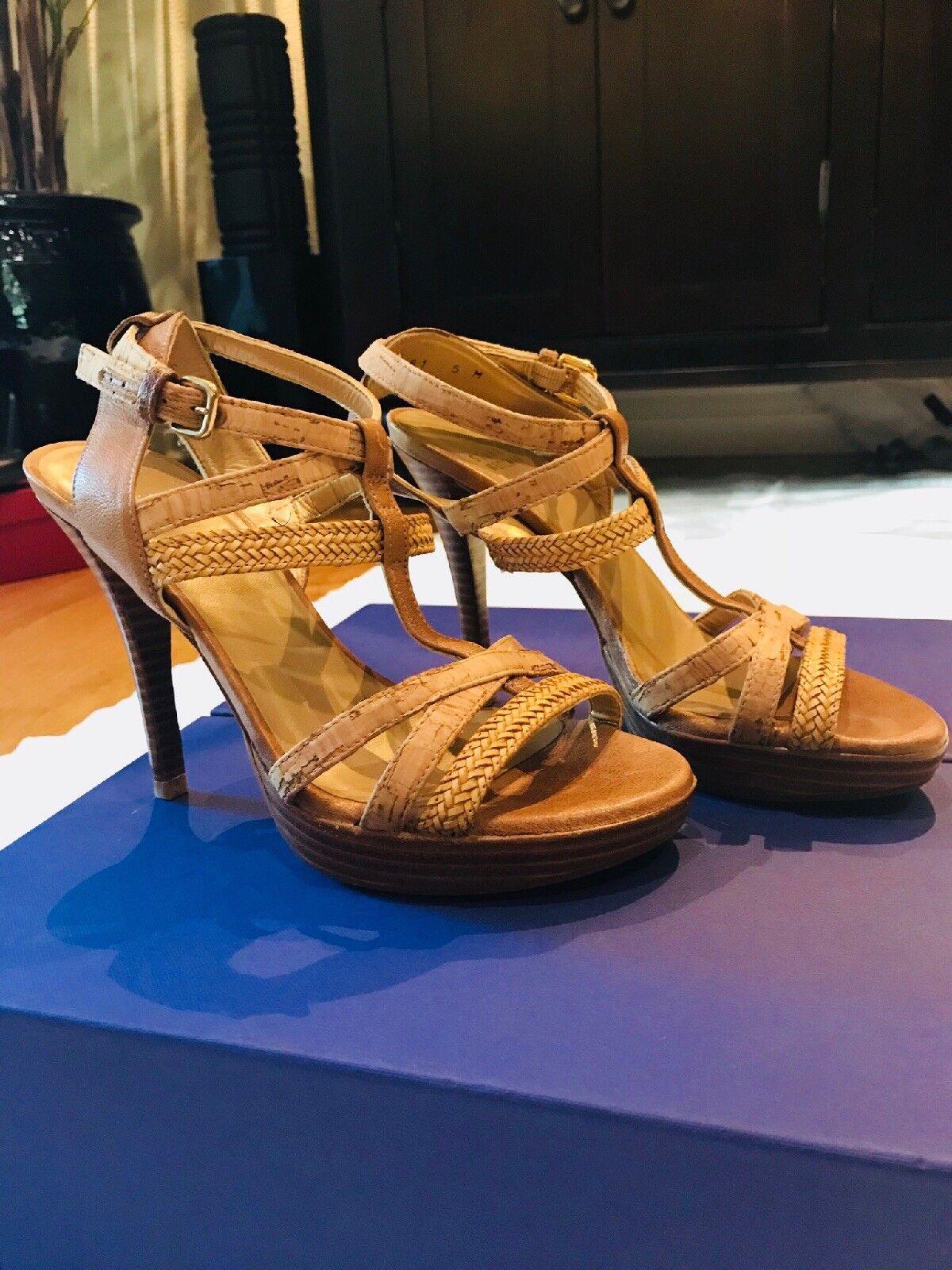 Strappy Tan Stuart Weitzman Size 5 sandal
