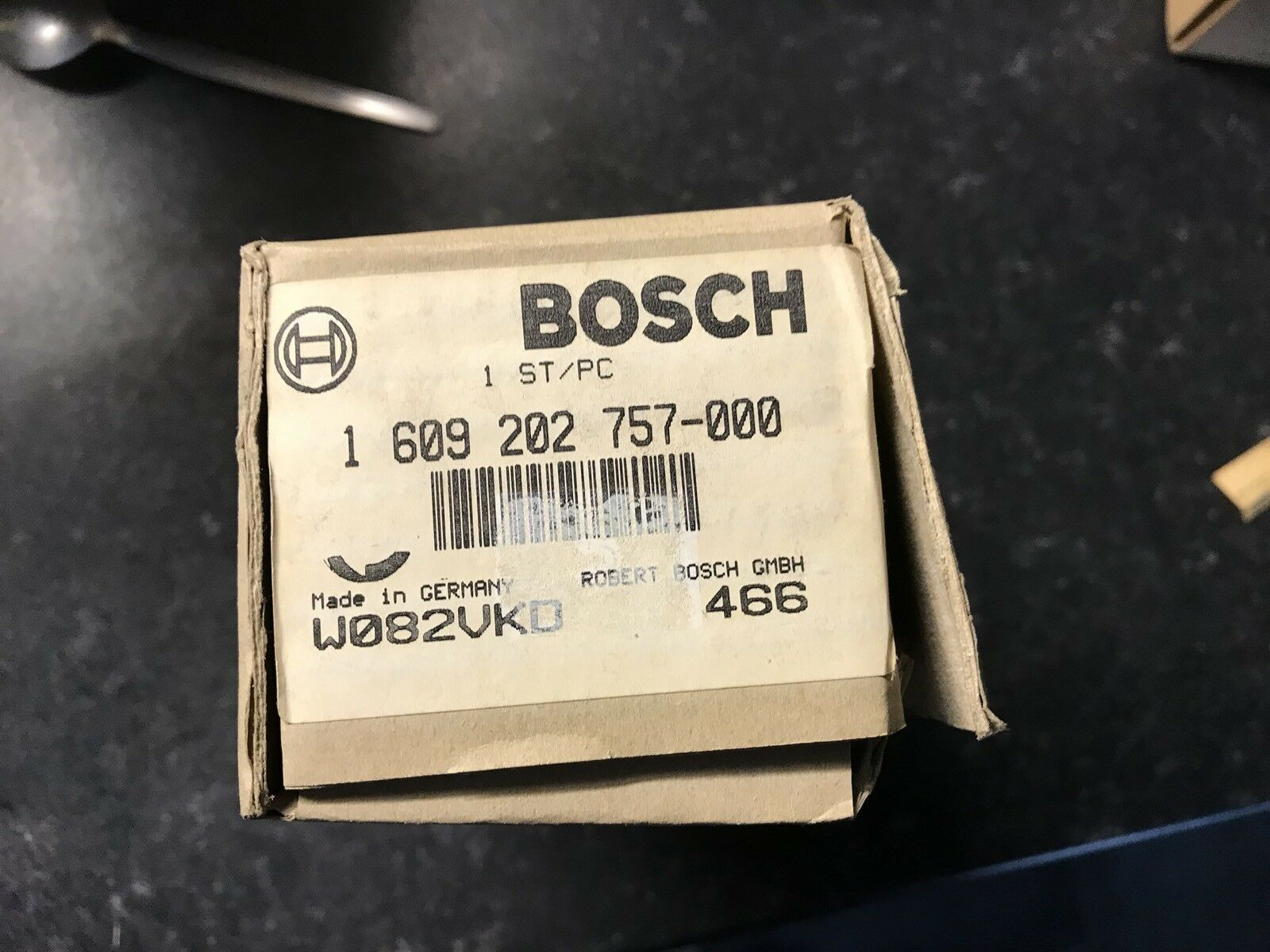 Bosch GHG 650 LCE   0601943742 Spare Parts 110v Heating Element. 1609202757