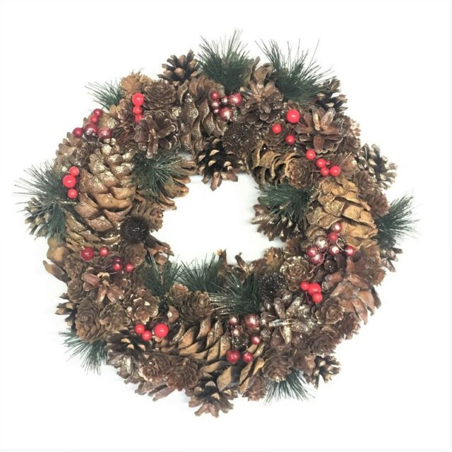 Natural Christmas Wreath Pine Cones Red Berries 34cm Garland Rustic Berry Fir