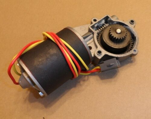 NEW 1967 1968 1969 Ford Thunderbird Right Qtr Window Motor w//Gear C7SZ-6523394A