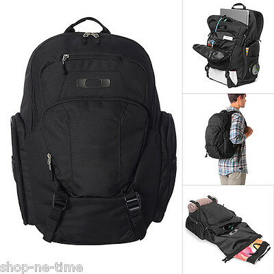 "Oakley Blade Wet/Dry 30L 15"" Laptop / MacBook Pro Black Backpack / Day Pack  New"