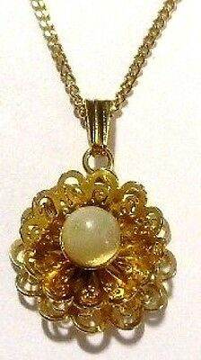 Pendentif Collier Ancien Bijou Vintage Filigrane Perle Nacre Couleur Or 699