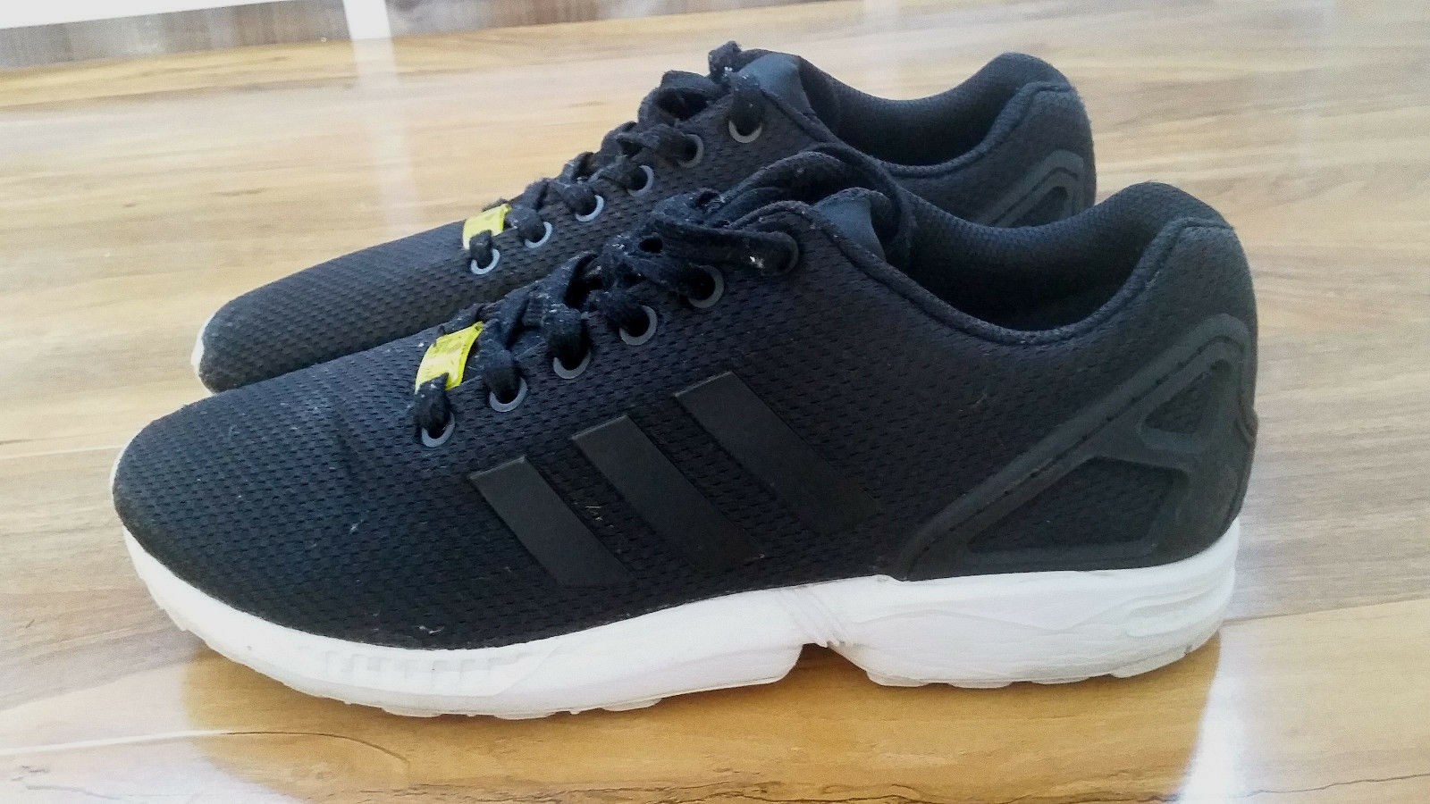 Adidas ZX Flux OG mens running Trainers in Black, size UK 8   42 EU BARGAIN