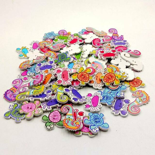 50x Random Marine Sea Animal Shaped Wooden Buttons Scrapbooking Sewing Clothes a