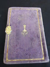 schönes Gebetsbuch ín Samt violett, Regensburg 1850, hinten gold. Meßkelch,